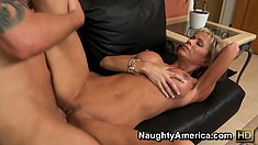 Fit bitch with flat belly Jordan Lynn gets her sweet beef pounded