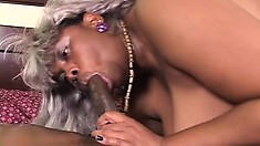 Old silver-haired bitch feels really hungry for tasty penis in her mouth