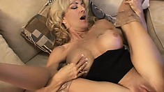 Milf Lexi Carrington goes for a younger tattooed dude and gets good dick action