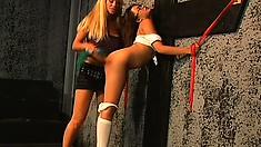 Gorgeous blonde lesbian Kat Kleevage licks up the juices of Annie Cruz