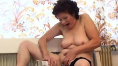 Naughty mature lady Susanna pleases her aching pussy with a bottle