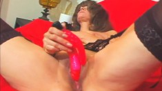Slutty mature lady in stockings Kelly has a horny man plowing her twat