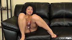 Jackie Lin orgasms after working on her clit with a vibrator