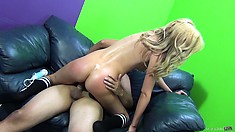 Horny fatso doing his best to please a blond chick with his little cock