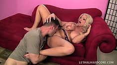 Isabella has him eating out her hungry peach and she returns the favor with a blowjob