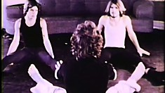 Classic porn with dancers training and then dancing in bed to fuck