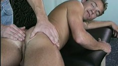 Horny Gay Dude Enjoys Taking An Erotic Massage From His Boyfriend