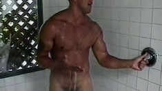 Hung blonde stud with a great worked out body Seth loves to masturbate