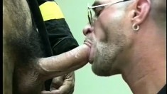 Well built gay star Martin Petros enjoys some steamy oral service