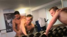 Julian Vincenzo explores his sexual desires with Jack Black in the gym