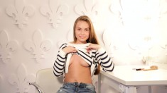 Amateur Hot Blond Teen Striptease