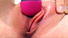 Close up pussy orgasm for toying hottie